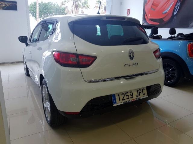 Renault Clio  Limited 1.2 16v 75 Euro 6 5p. de ocasión en Málaga - Foto 4