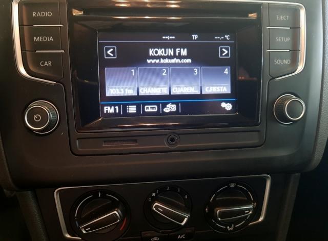 VOLKSWAGEN POLO  Advance 1.2 TSI 66kW 90CV BMT 5p. for sale in Malaga - Image 8