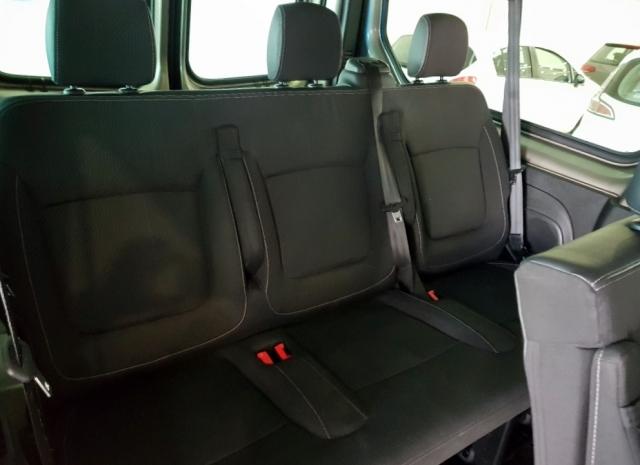 Renault Trafic Passenger Combi 9 Energy Dci 125 Tt E6 de ocasión en Málaga - Foto 12