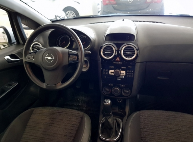 Opel Corsa  1.2 Selective 5p. de ocasión en Málaga - Foto 5