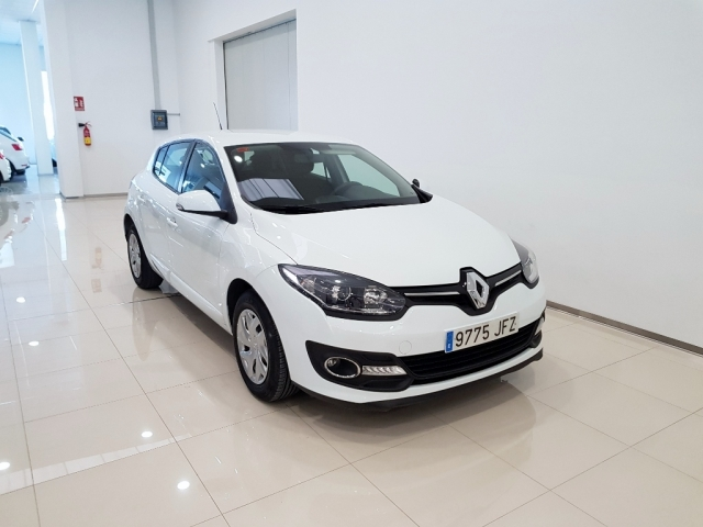 Renault Megane  Intens Tce 115 Ss Eco2 5p. de ocasión en Málaga - Foto 1