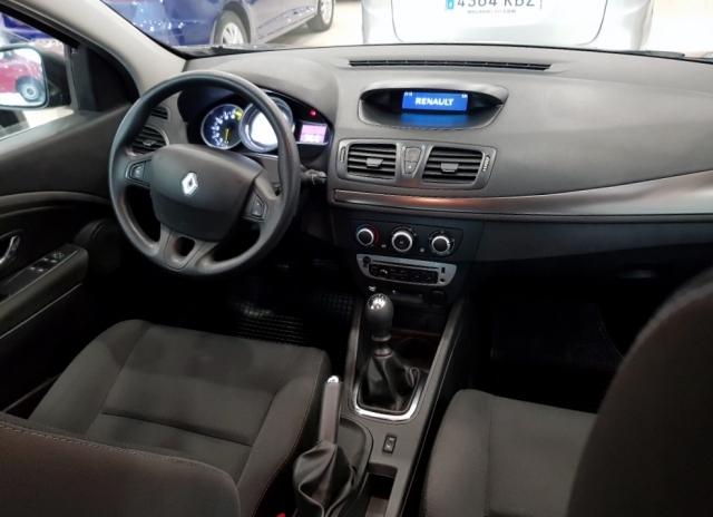 Renault Megane  Life Energy Tce 115 Ss 5p. de ocasión en Málaga - Foto 6