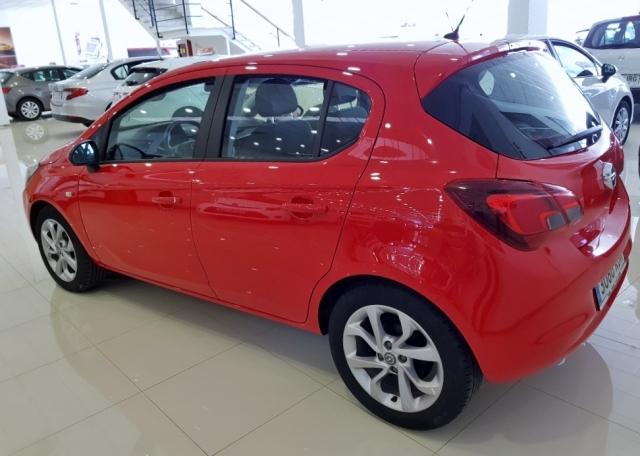 Opel Corsa  1.4 Selective 66kw 90cv 5p. de ocasión en Málaga - Foto 4