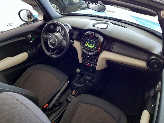 Mini   Cooper Cabrio 2p. de ocasión en Málaga - Foto 6