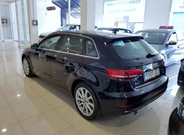 Audi A3  Design Edition 1.6 Tdi Sportback 5p. de ocasión en Málaga - Foto 3