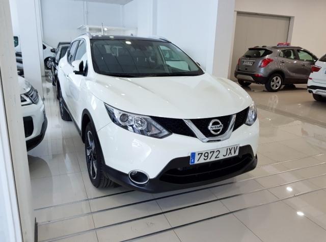 Nissan Qashqai  1.2i Digt Nconnecta 4x2 5p. de ocasión en Málaga - Foto 1