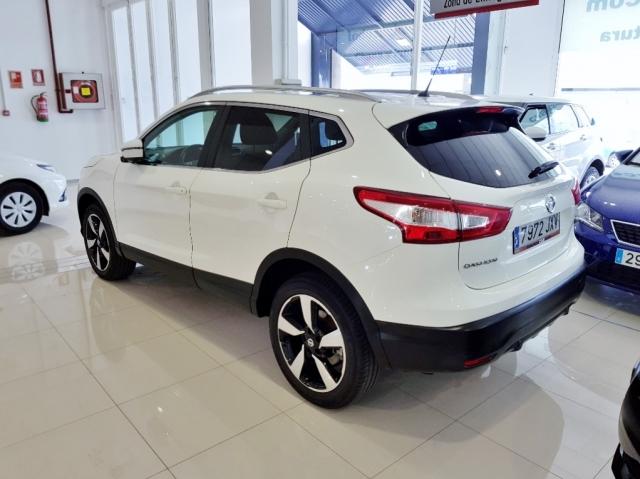 Nissan Qashqai  1.2i Digt Nconnecta 4x2 5p. de ocasión en Málaga - Foto 3