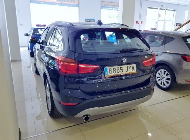 BMW X1  sDrive18d 5p. for sale in Malaga - Image 4