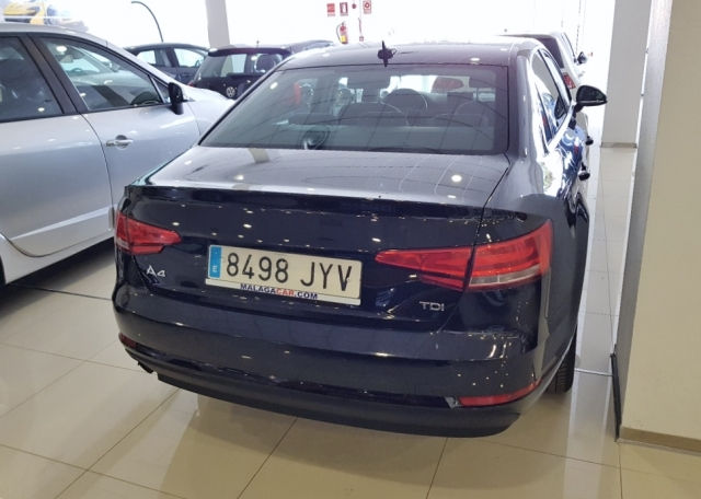 AUDI A4  2.0 TDI 150CV Advanced edition 4p. for sale in Malaga - Image 3