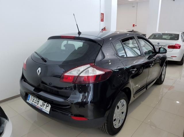 Renault Megane  Intens Dci 95 Eco2 5p. de ocasión en Málaga - Foto 3