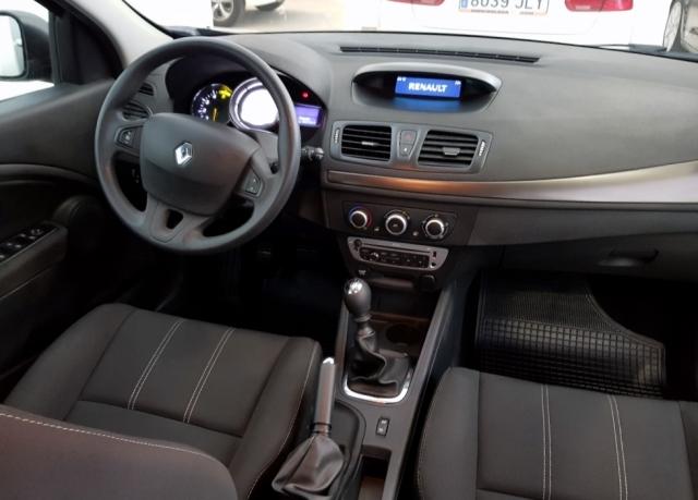 Renault Megane  Intens Dci 95 Eco2 5p. de ocasión en Málaga - Foto 6