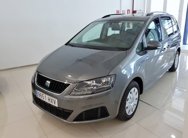 SEAT ALHAMBRA  2.0 TDI 140 CV EEcomotive Reference 5p. for sale in Malaga - Image 2