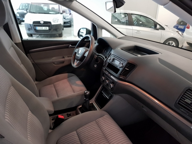 SEAT ALHAMBRA  2.0 TDI 140 CV EEcomotive Reference 5p. for sale in Malaga - Image 7
