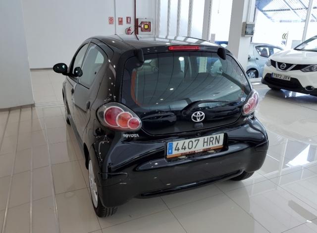 Toyota Aygo  70 Live 5p. de ocasión en Málaga - Foto 3