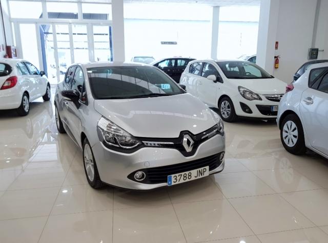 RENAULT CLIO  Limited 1.2 16v 75 Euro 6 5p. de segunda Mano en Málaga
