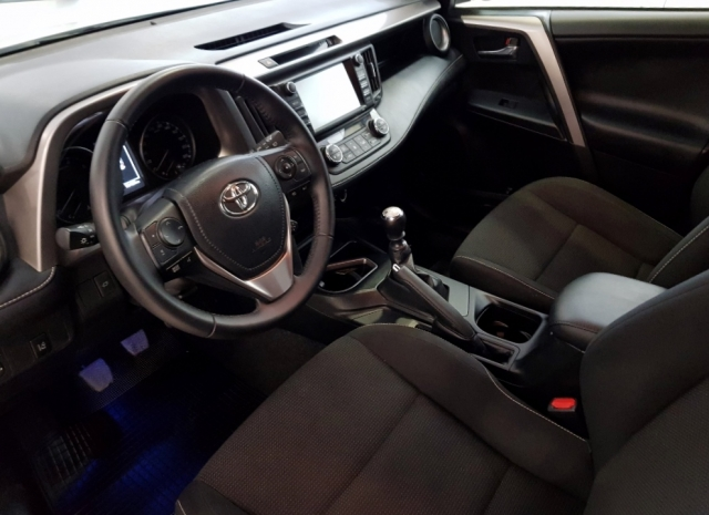 Toyota Rav4 Rav 4 Advance de ocasión en Málaga - Foto 8