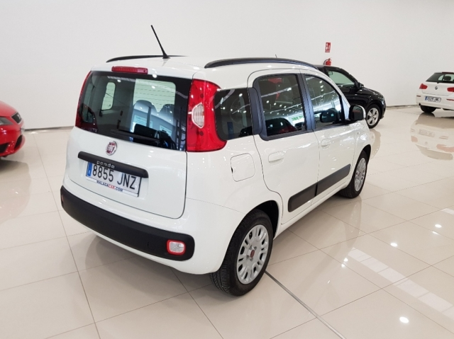 Fiat Panda  1.2 Lounge 69cv 5p. de ocasión en Málaga - Foto 4