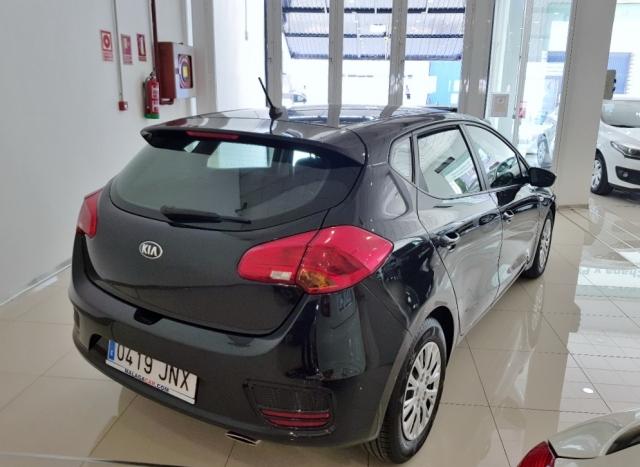 Kia Ceed  1.4 Crdi Wgt 90cv Concept 5p. de ocasión en Málaga - Foto 4