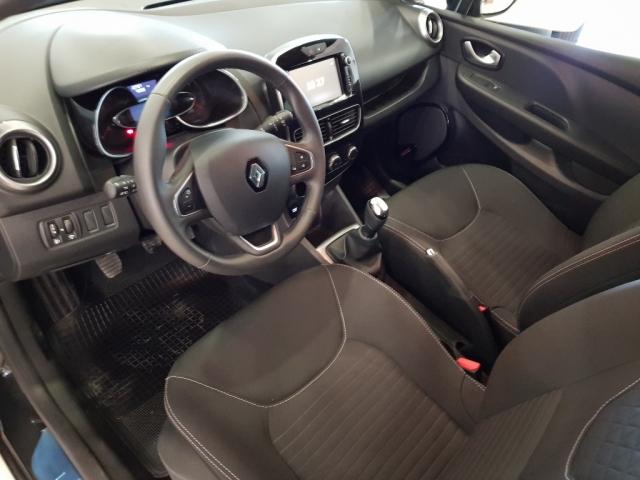 Renault Clio  Limited 1.2 16v 75 5p. de ocasión en Málaga - Foto 8