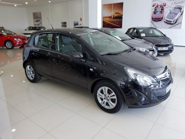 Opel Corsa  1.2 Selective 5p. de ocasión en Málaga - Foto 2