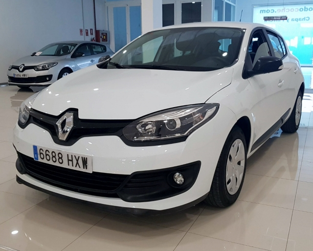Renault Megane  Life Tce 115 Ss Eco2 5p. de ocasión en Málaga - Foto 2