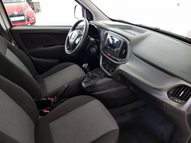 FIAT DOBLO  Panorama  N1 1.3 Multijet 90cv E5 5p. for sale in Malaga - Image 5
