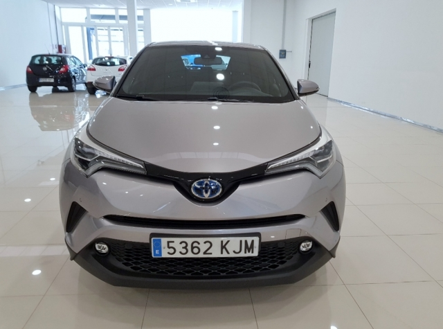 TOYOTA CHR C-HR 1.8 125H Advance Plus 5p. for sale in Malaga - Image 3