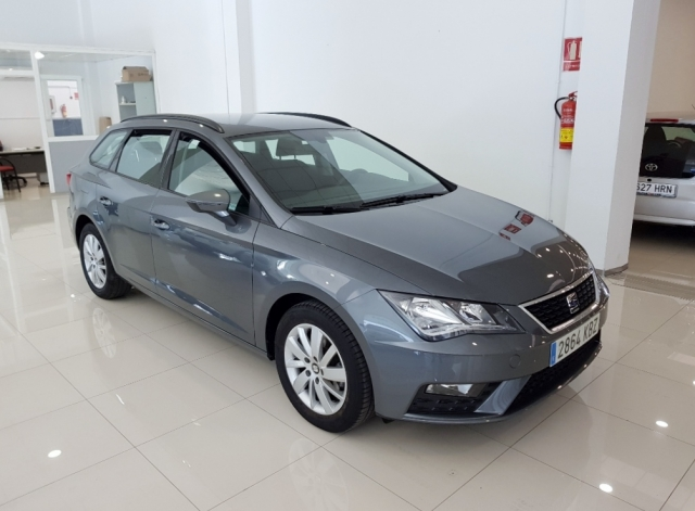 SEAT LEON León ST 1.2 TSI 81kW 110CV StSp Reference 5p. used car in Malaga