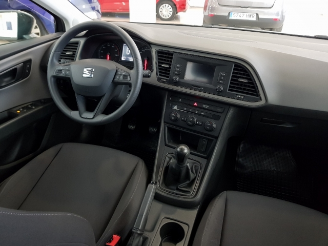 SEAT LEON León ST 1.2 TSI 81kW 110CV StSp Reference 5p. for sale in Malaga - Image 6