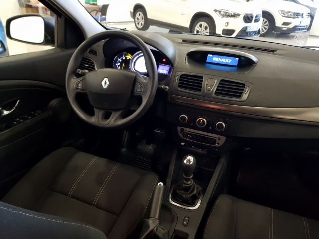RENAULT MEGANE  Intens dCi 95 eco2 5p. for sale in Malaga - Image 6