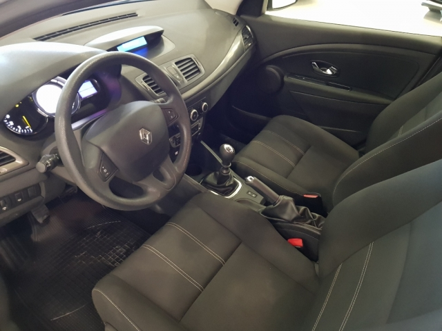 RENAULT MEGANE  Intens dCi 95 eco2 5p. for sale in Malaga - Image 8