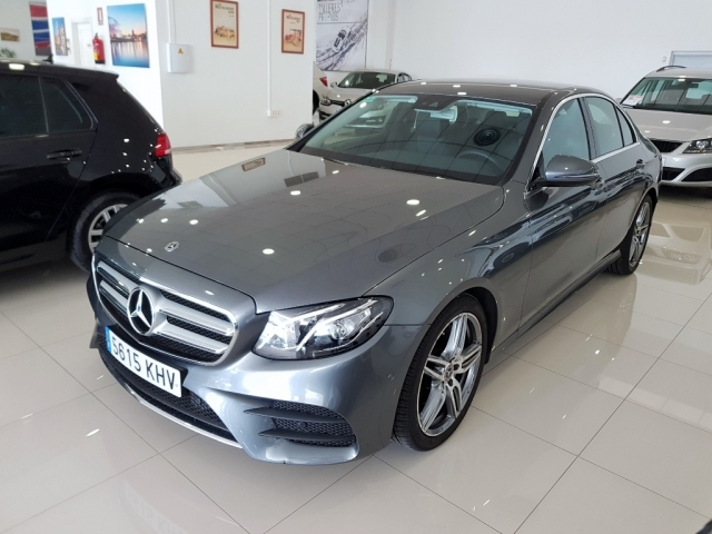 MERCEDES BENZ CLASE E 220 CDI used car in Malaga