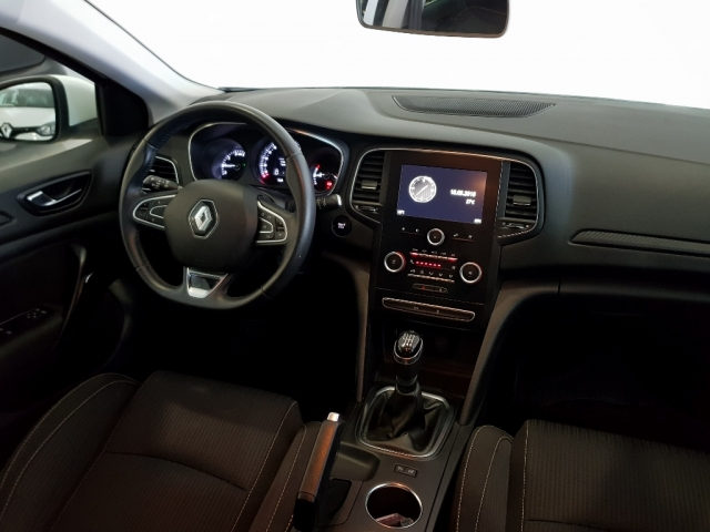 RENAULT MEGANE Mégane Life Energy TCe 74kW 100CV 5p. for sale in Malaga - Image 6