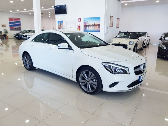 MERCEDES-BENZ Clase CLA 200 D for sale in Malaga - Image 1