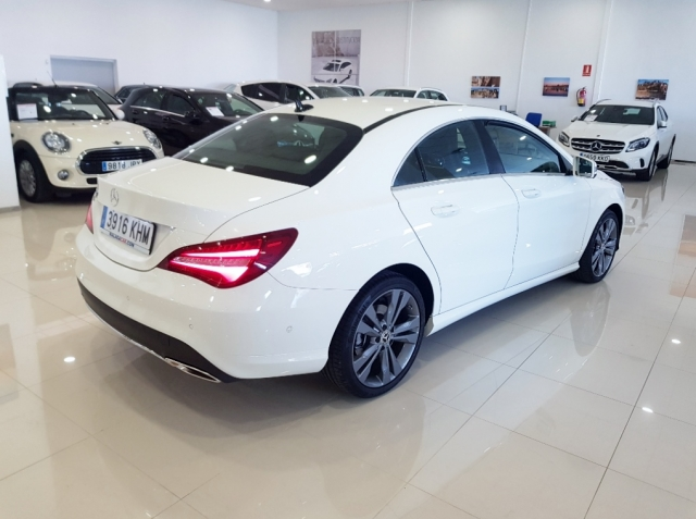 MERCEDES-BENZ Clase CLA 200 D for sale in Malaga - Image 5