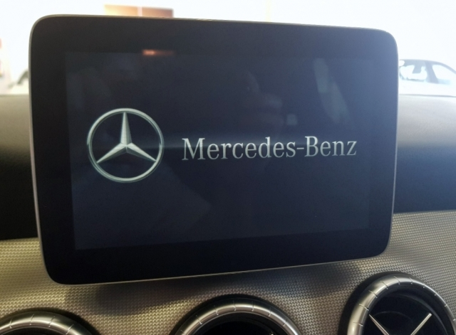 MERCEDES-BENZ Clase CLA 200 D for sale in Malaga - Image 12