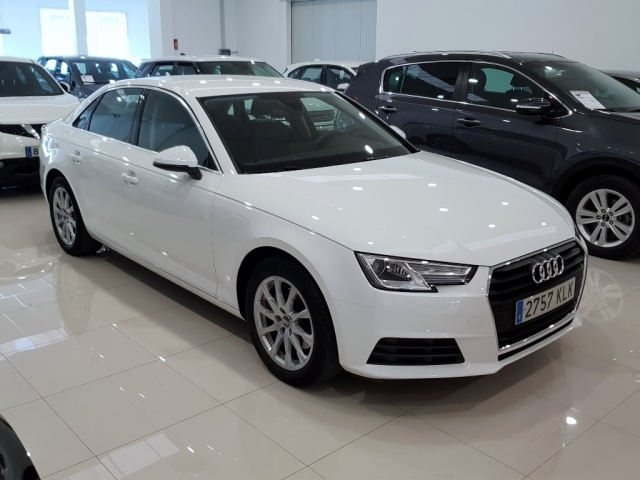 AUDI A4  2.0 TDI 150CV Advanced edition 4p. for sale in Malaga - Image 1
