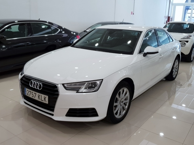 AUDI A4  2.0 TDI 150CV Advanced edition 4p. for sale in Malaga - Image 2