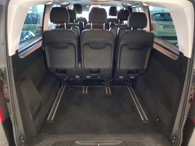 MERCEDES BENZ V200CDI  for sale in Malaga - Image 5