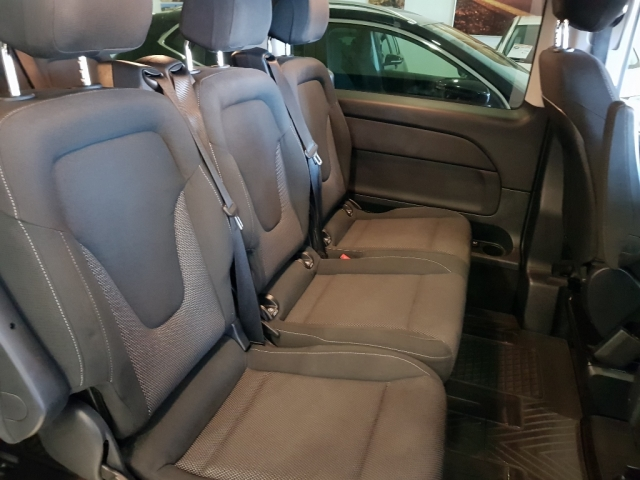 MERCEDES BENZ V200CDI  for sale in Malaga - Image 7