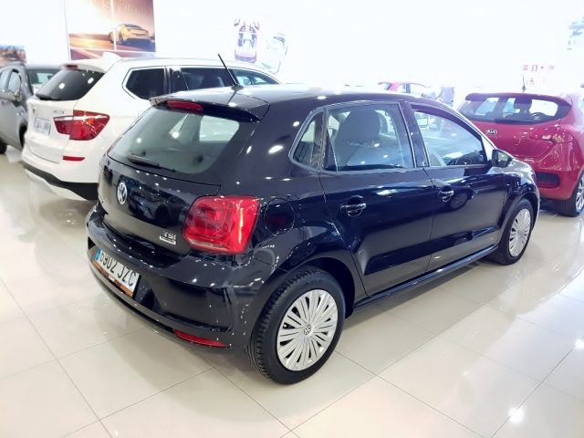 VOLKSWAGEN POLO  1.2 TSI 90cv Advance 5p. for sale in Malaga - Image 4