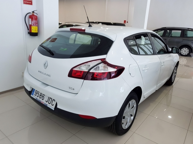 RENAULT MEGANE  Intens Energy TCe 115 SS eco2 5p. for sale in Malaga - Image 3