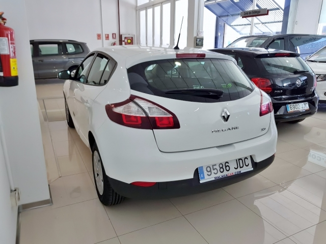 RENAULT MEGANE  Intens Energy TCe 115 SS eco2 5p. for sale in Malaga - Image 4