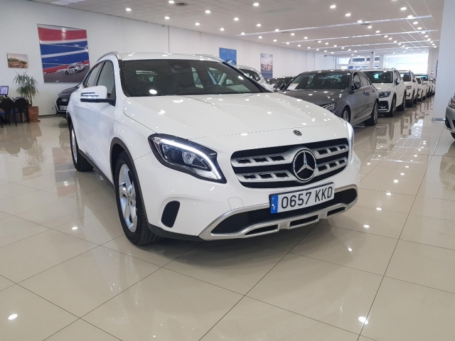MERCEDES-BENZ GLA  200D  7G for sale in Malaga - Image 1