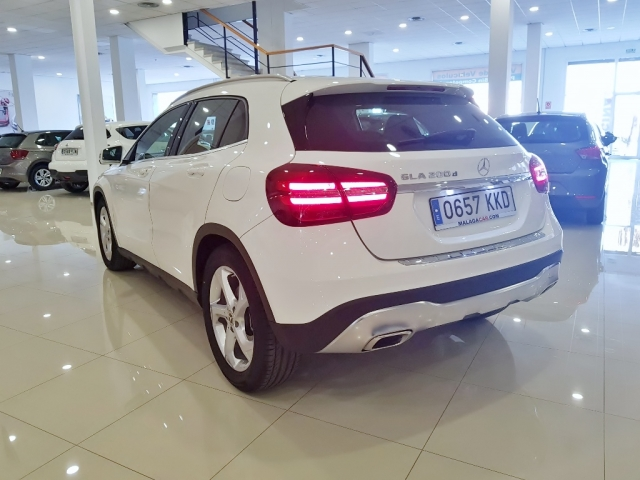 MERCEDES-BENZ GLA  200D  7G for sale in Malaga - Image 3