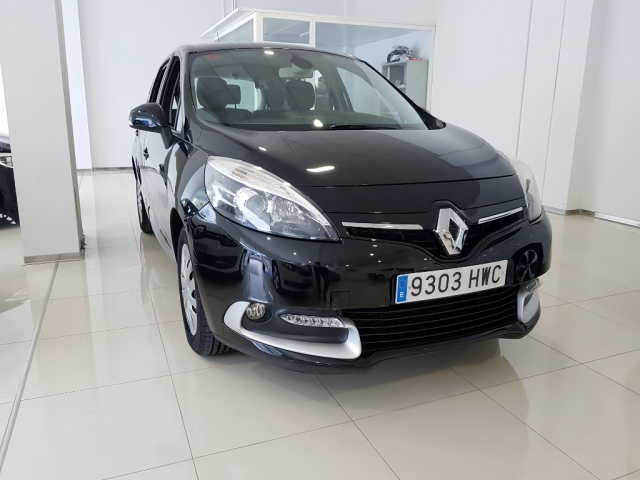 RENAULT SCENIC  Expression Energy dCi 110 SS 5p. for sale in Malaga - Image 1