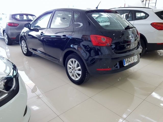SEAT IBIZA  1.0 75cv Reference Plus 5p. for sale in Malaga - Image 3
