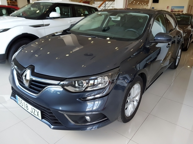 RENAULT MEGANE Mégane Intens TCe 74kW 100CV 5p. for sale in Malaga - Image 2