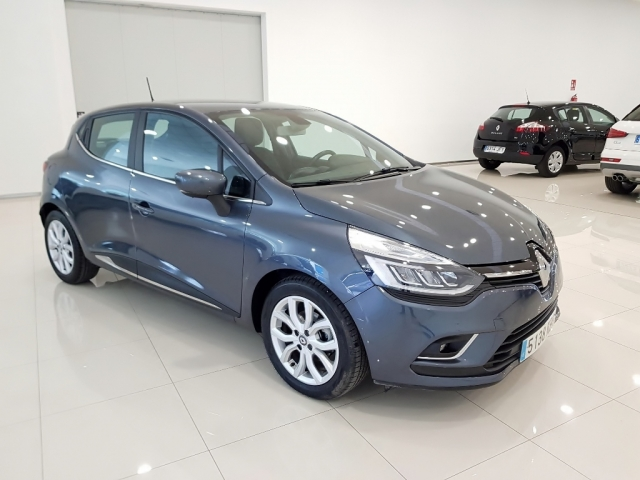 RENAULT CLIO  Zen Energy TCe 87kW 120CV EDC 5p. for sale in Malaga - Image 2