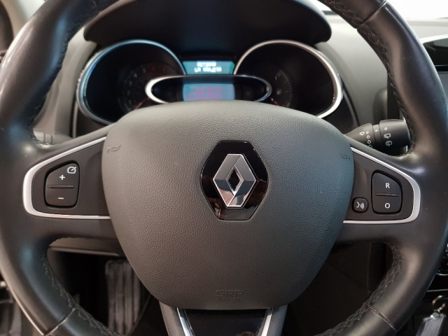 RENAULT CLIO  Zen Energy TCe 87kW 120CV EDC 5p. for sale in Malaga - Image 9